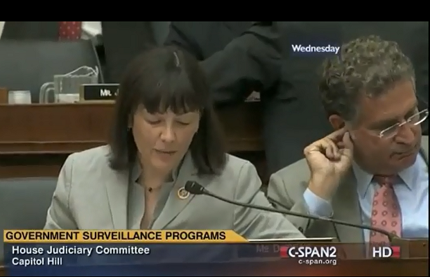 Washington Congresswoman upstaged by ear wax eater